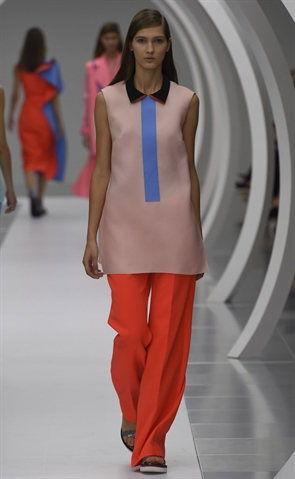 Roksanda Ilincic S/S 2015 (Image from LondonFashionWeek.co.uk)