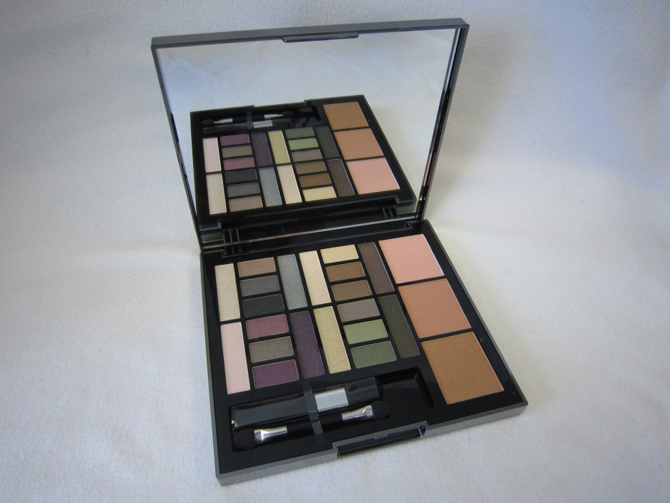 Macy's Impulse Eye and Cheek Palette (Image courtesy of 3D Sales and Marketing)