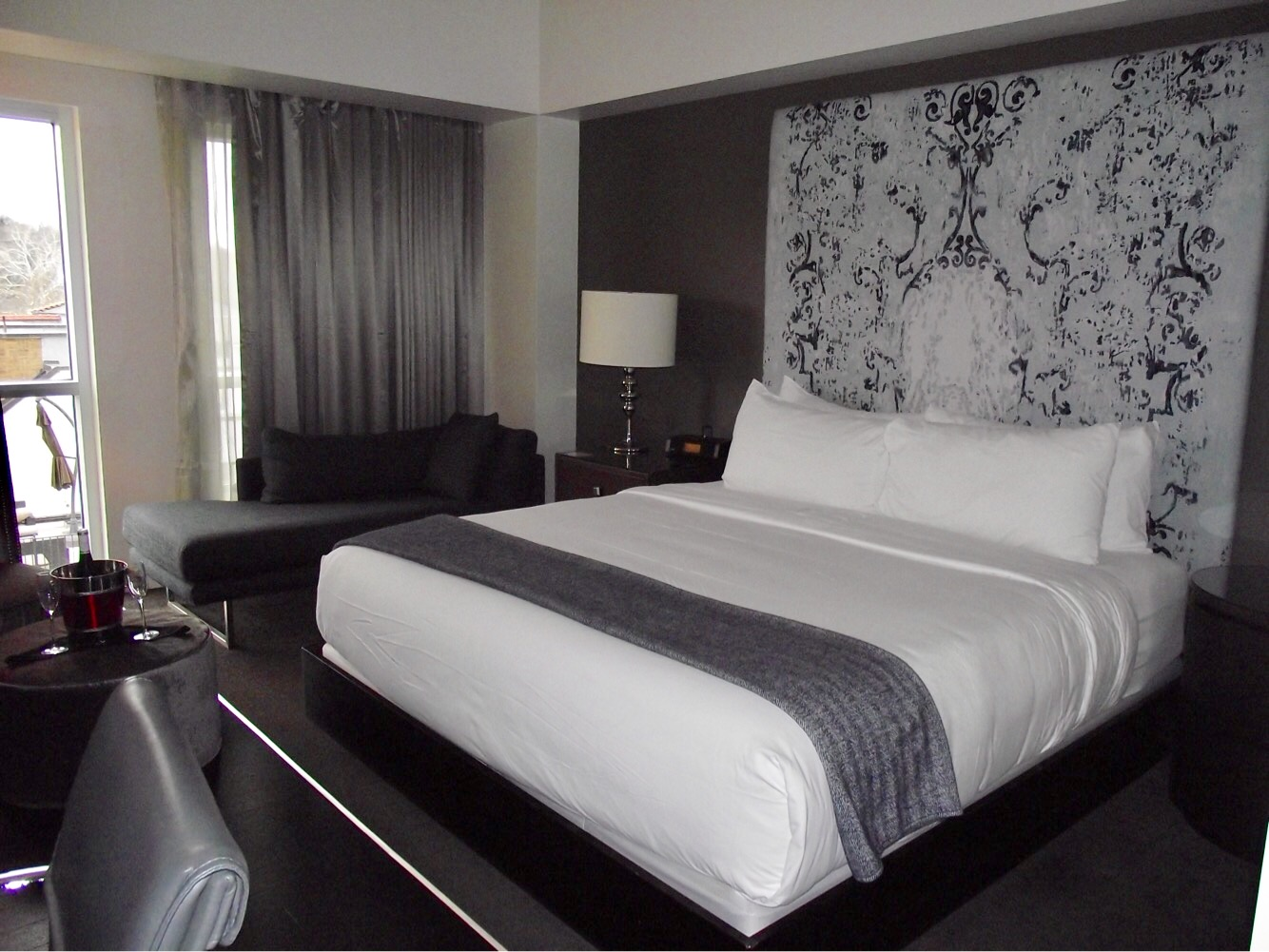 Hotel Sorella room (Photo by LoudPen)